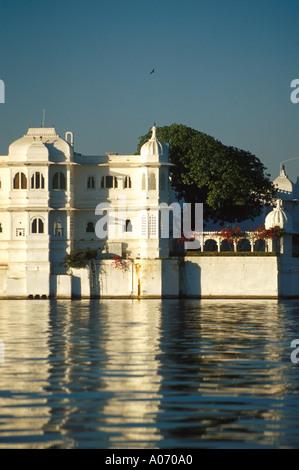 Lake Palace Hotel, Jag Niwas Island, Lake Pichola, Rajasthan, India - Stock Image