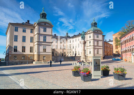 16 September 2018: Stockholm, Sweden - Palace of Wrangel, which houses the court of appeal,  island of Riddarholmen. The statue is of Birger Jarl... - Stock Image