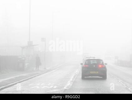 Lambhill, Glasgow, Scotland, UK. 24th Dec, 2018. uk weather - foggy start in Lambhill, Glasgow Credit: Kay Roxby/Alamy Live News - Stock Image