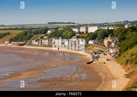 UK, England, Yorkshire, Filey, town, beach and seafront properties from the Brigg - Stock Image