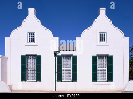 Typical vintage Cape Dutch architecture facade in the Karoo of South Africa - Stock Image