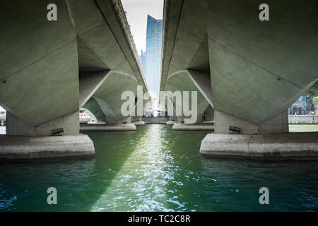Bridges in Marina Bay in Singapore - Stock Image