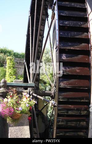 Water wheel, Strand mill, Dawlish - Stock Image