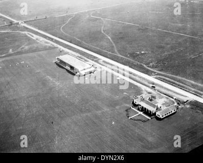 AL009B 298 Hicksville Aviation Country Club, Hicksville, NY - Stock Image
