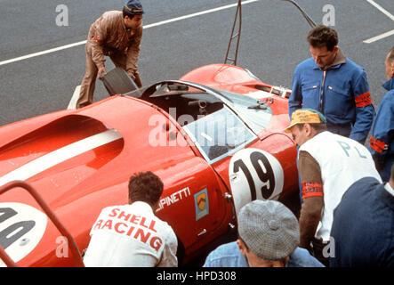 1965 Ferrari 365P Scuderia Filipinetti - Stock Image