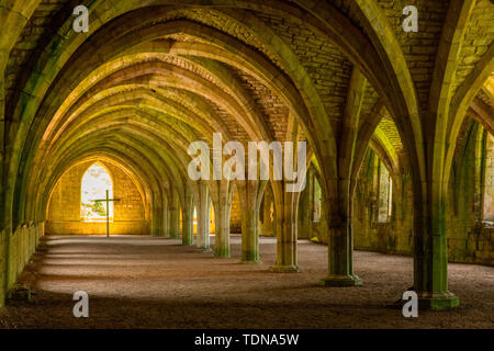 Fountains Abbey, Yorkshire Dales NP, Yorkshire, UK - Stock Image
