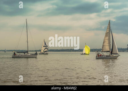 LISBON / PORTUGAL - FEBRUARY 17 2018: YACHTS ON WATER - Stock Image