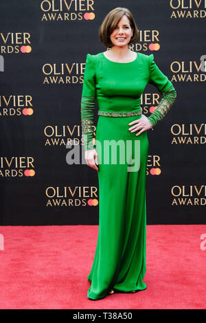 London, UK. 7th Apr 2019. Darcey Bussell poses on the red carpet at the Olivier Awards on Sunday 7 April 2019 at Royal Albert Hall, London. Picture by Credit: Julie Edwards/Alamy Live News - Stock Image