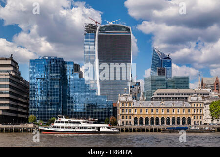 20 Fenchurch Street 'Walkie Talkie' building dominating skyline with Old Billingsgate and Northern & Shell buildings on The River Thames London EC3 UK - Stock Image