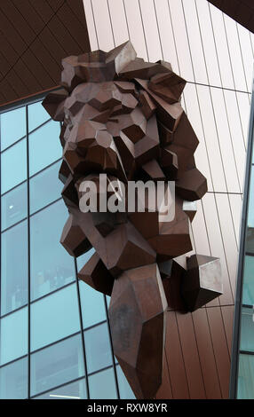 Symbolic lions head at the Forum Shopping Mall in Gdansk - Stock Image