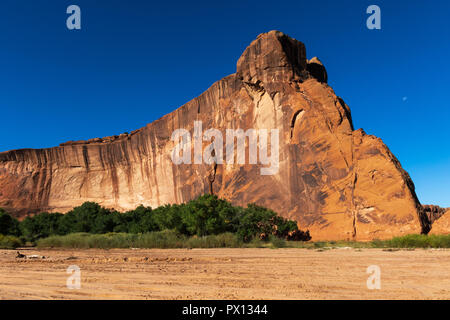 CANYON DE CHELLY, CHINLE, AZ, USA,-10-1-15: A stunningly beautiful  rock formation in Canyon de Chelly on the Navajo Indian Reservation. - Stock Image