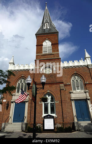 First Presbyterian Church founded July 16, 1788. It is situated on the Old Town pedestrian mall, Winchester, Virginia - Stock Image
