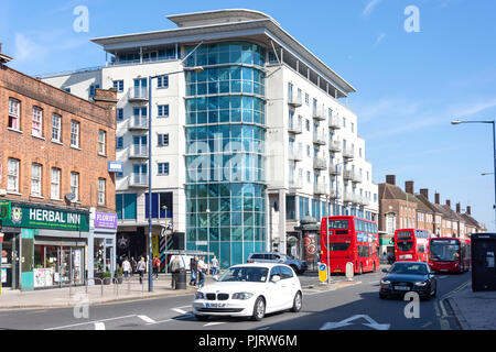 Station Road, Edgware, London Borough of Barnet, Greater London, England, United Kingdom - Stock Image