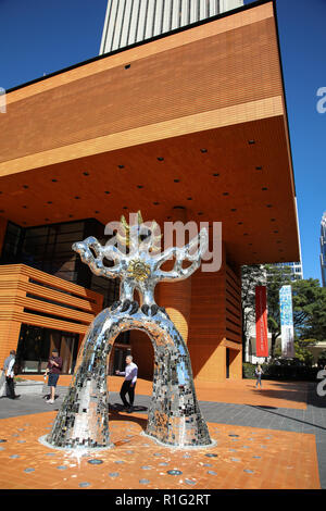 CHARLOTTE, NC, USA-10/30/18: The Bechtler Museum of Modern Art, on South Tryon. The Firebird, by Niki de Saint Phalle, stands in front. It was unveile - Stock Image