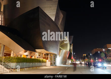 Walt Disney Concert Hall in Los Angeles, at night. - Stock Image