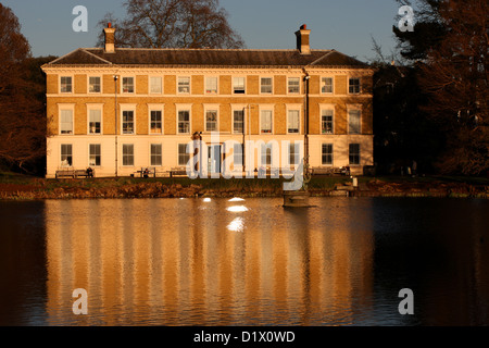 The Museum and Art Gallery at Sunset. The Royal Botanic Gardens. UNESCO World Heritage Site, Kew, Richmond, England, - Stock Image