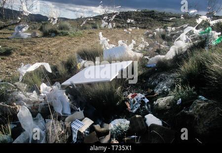 plastics and rubbish deposited in spanish countryside, Elche de la Sierra, Castilla la Mancha, Spain - Stock Image