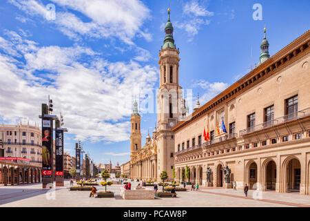 Plaza del Pilar, Zaragoza, Aragon, Spain. - Stock Image