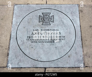 Manchester England war memorial plaque to Victoria Cross awarded Lance Corporal John Thomas Prince of Wales North Staffs Regiment 30th Nov 1917 - Stock Image