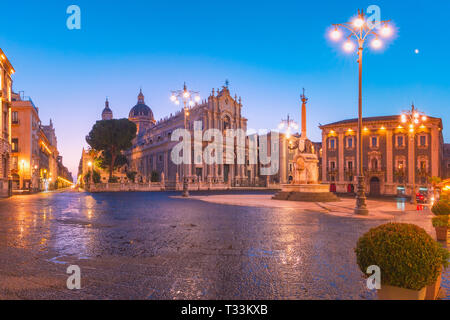 Catania Cathedral at night, Sicily, Italy - Stock Image