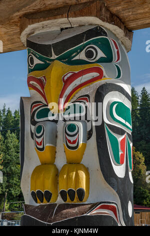 Figure of Thunderbird, totem pole at shelter near Nuyumbalees Cultural Centre, We Wai Kai Nation in Cape Mudge village, - Stock Image