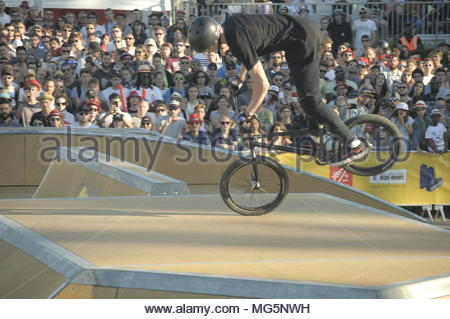 Urban sports contest - Compétition de sports urbains - Stock Image