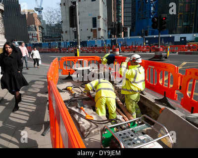 Roadworks on the corner of Bishopsgate and Threadneedle Street in Central London UK  KATHY DEWITT - Stock Image