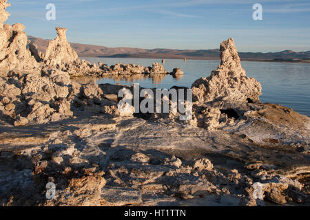 Rock formations at sunrise at the South Tufa area of Mono Lake near Lee Vining, California. - Stock Image