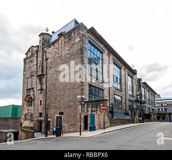 The Glasgow School of Art in Renfrew Street Glasgow Scotland designed by Charles Rennie Mackintosh seen from east end at Dalhousie Street - Stock Image
