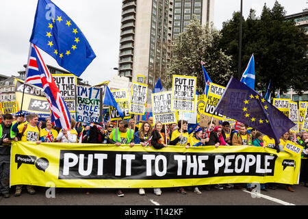 London, UK. 23rd Mar, 2019. Remain supporters and protesters take part in a march to stop Brexit in Central London calling for a People's Vote. Credit: Vibrant Pictures/Alamy Live News - Stock Image