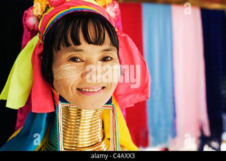 Thailand, Mae Hong Son, Nai Soi. Long-necked Paudang woman at Nai Soi (also known as Nupa Ah). - Stock Image