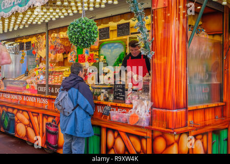 Hot food trailer in a city centre. - Stock Image