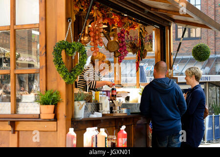 Hot dog stall in the center centre of York, UK. - Stock Image