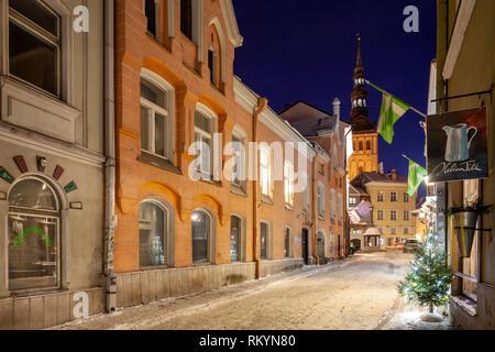 Winter night in Tallinn old town. - Stock Image