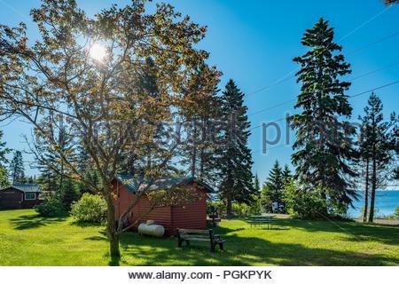 Cabin with sweeping views of Lake Superior, near Grand Marais, Minnesota, USA. - Stock Image