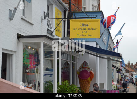 Ives Ice Cream Parlour and Coffee Bar, High Street, Aldeburgh, Suffolk, UK - Stock Image