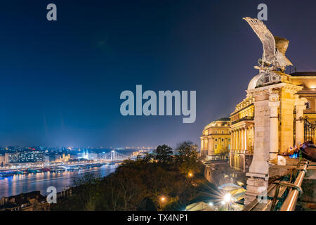 Night aerial view of the famous cityscape at Budapest, Hungary - Stock Image