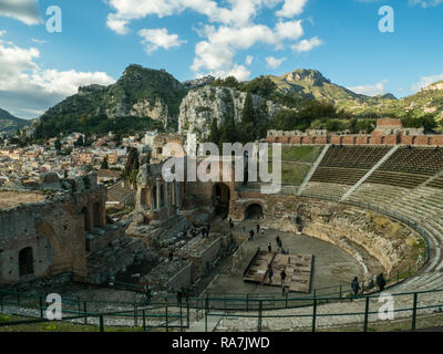 Theatre in Taormina, Province of Messina, Sicily, Italy - Stock Image