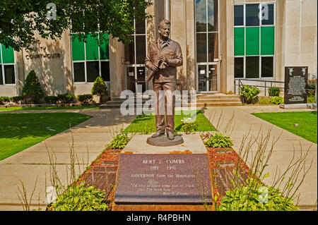 Statue of Bert T. Combs former Governor of Kentucky located in Prestonsberg Kentucky at the Floyd County Courthouse - Stock Image