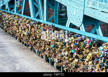 Thousands of padlocks on Most Tumski bridge, left by couples to show their love, Wrocław, Wroclaw, Wroklaw, Poland - Stock Image