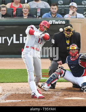 Los Angeles Angels designated hitter Shohei Ohtani hits a single and his 100th MLB hit in the fourth inning during the Major League Baseball game against the Minnesota Twins at Target Field in Minneapolis, Minnesota, United States, May 14, 2019. Credit: AFLO/Alamy Live News - Stock Image