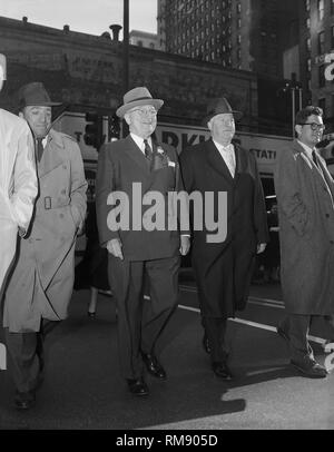 Ex-president Harry S.Truman takes stroll in Chicago,ca. 1957. - Stock Image