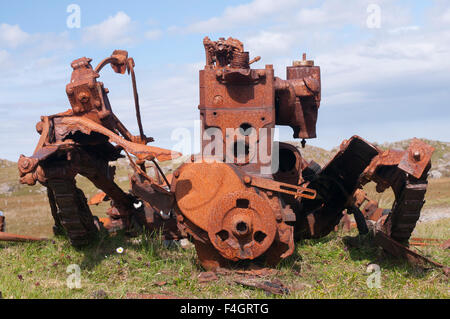 Remains of an old rusty HGV on the Isle of Lewis - Stock Image
