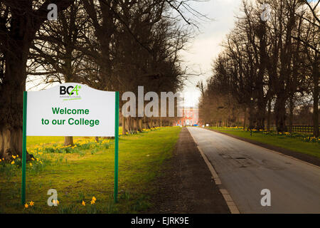 Entrance and sign to the Berkshire College of Agriculture - Stock Image