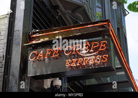 Café Crepe Express  French restaurant on Robson Street in downtown Vancouver, BC, Canada - Stock Image