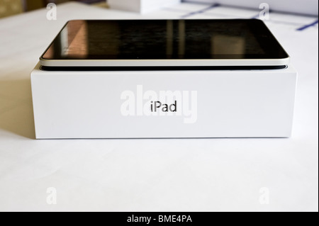Apple iPad, TouchscreenTablet Computer, Book Reader, Digital Ebook, Modern, Logo, Brand, Luxury - Stock Image