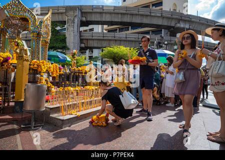 Erawan Shrine in Bangkok - Stock Image