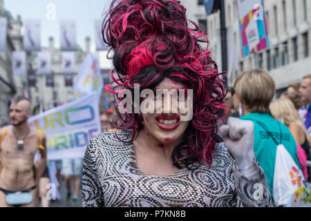 London, UK. 7th July 2018.  Drag Queen at Pride in London Parade 2018  Credit Ian Davidson/Alamy Live News - Stock Image