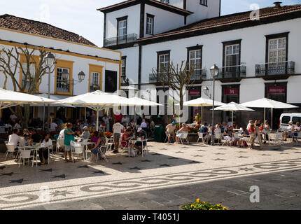 People dine Al Fresco in The Azores - Stock Image