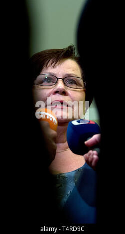 Prague, Czech Republic. 17th July, 2013. ***FILE PHOTO*** Czech PM Babis will nominate Marie Benesova for justice minister to replace Knezinek, he told Czech Television. on April 18, 2019. Benesova held the post before and was supreme prosecutor. *** Marie Benesova, Czech Justice Minister, speaks to journalists, on July 17, 2013, in Prague, Czech Republic. Credit: Vit Simanek/CTK Photo/Alamy Live News - Stock Image